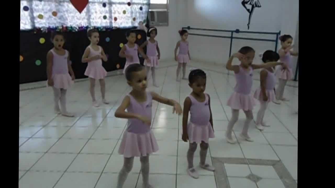 APRESENTAÇÃO DE BALLET (BABY CLASS 3ª E 5ª MATUTINO)  CASA DE CULTURA/UNIRG
