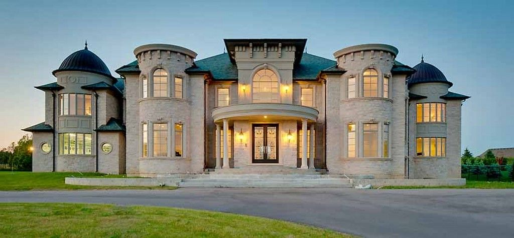 top 25 ideas about homes on pinterest bungalow designs house and mansions - Luxury Homes Designs