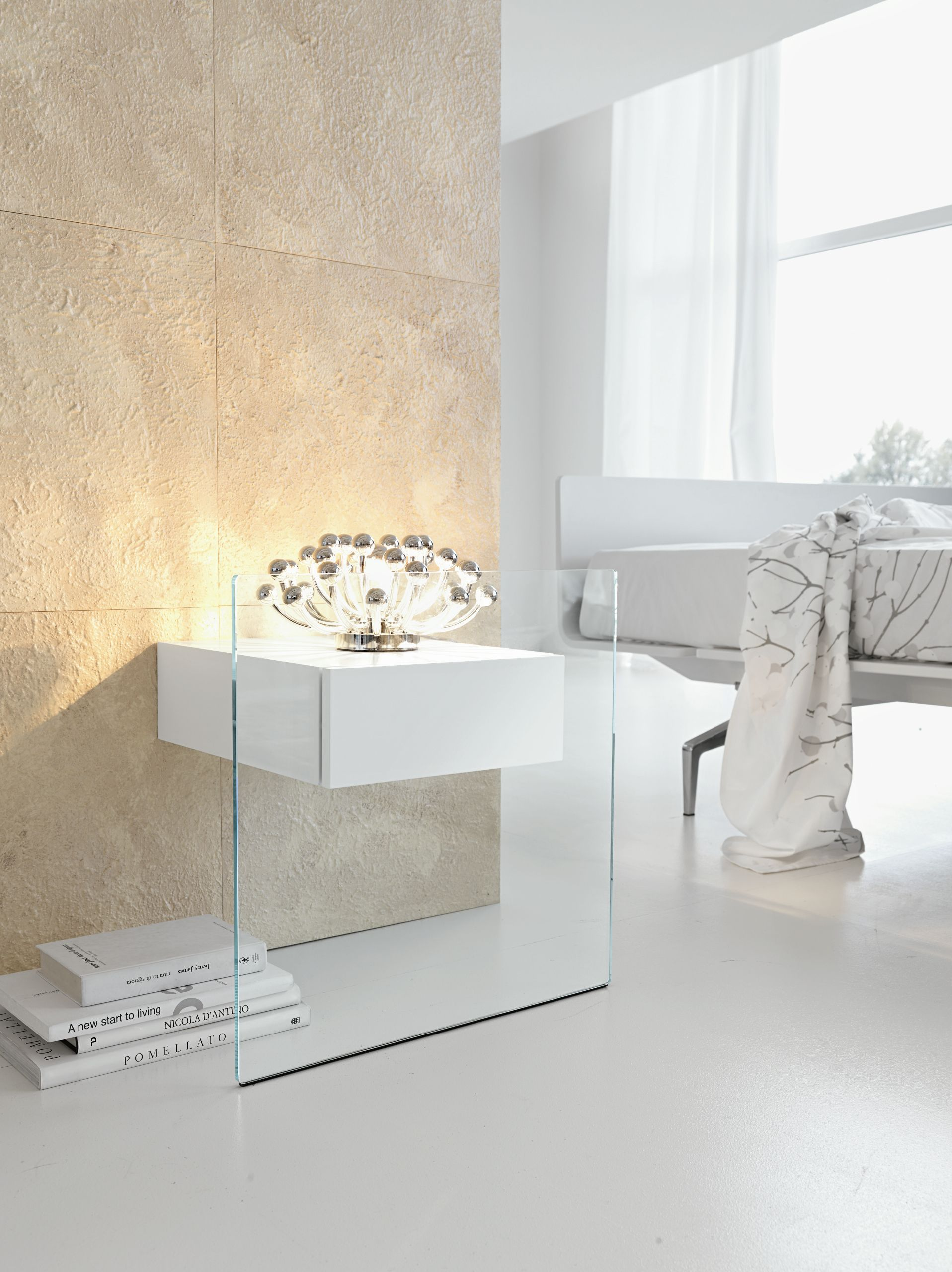 nachttisch glas great twotier bath shelf would also be. Black Bedroom Furniture Sets. Home Design Ideas