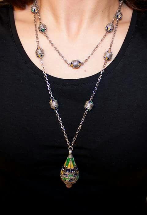 e68b3cfe30bde2 Collier en argent ~Berbère~ | *Bijoux Berbères* | Bijoux kabyle ...
