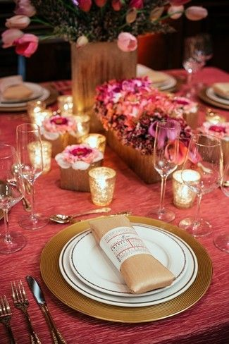 Pink Romantic Styled Shoot at Maggiano\'s Restaurant | Romantic ...
