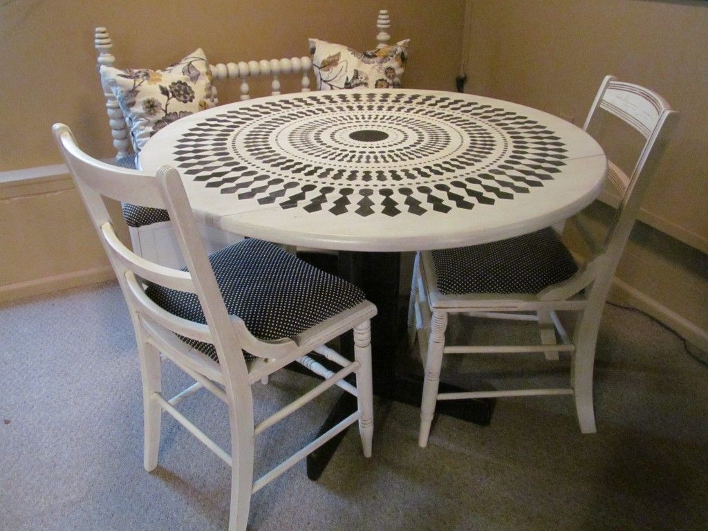 Dining set upcycled in black and white, with fun round ...