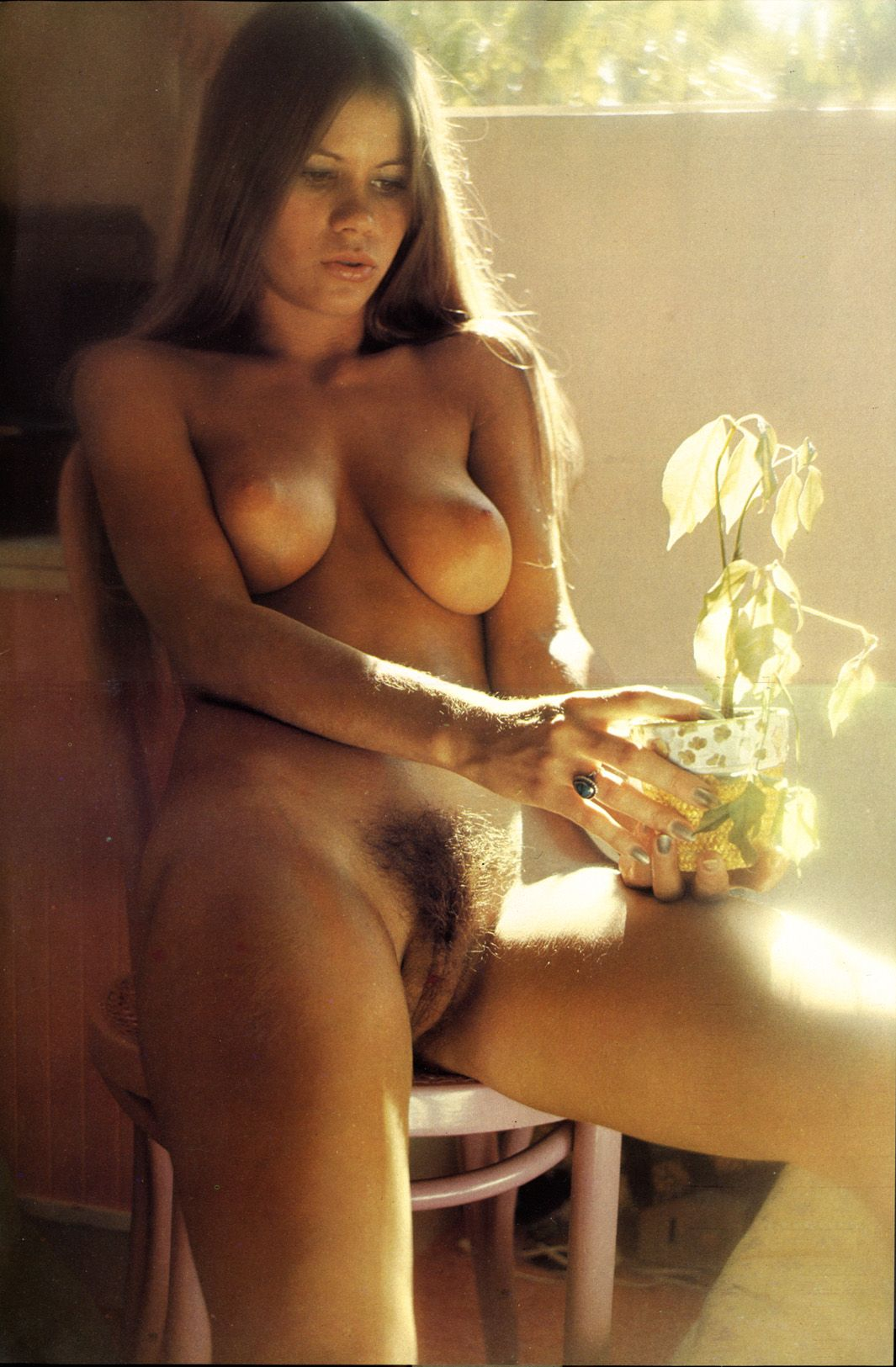 womens flower nude aged