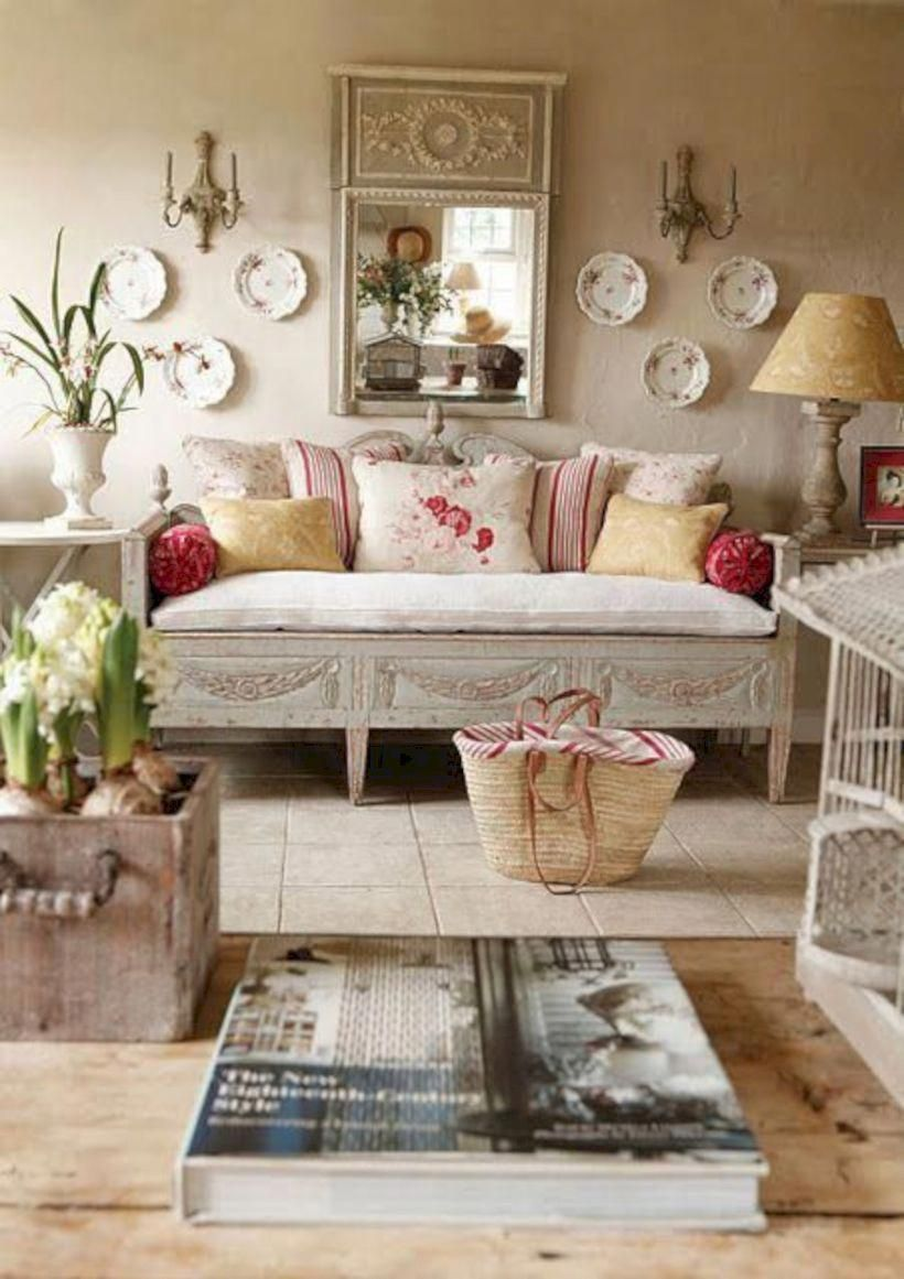 48 Impressive French Country Living Room Design To This Fall Ideas images