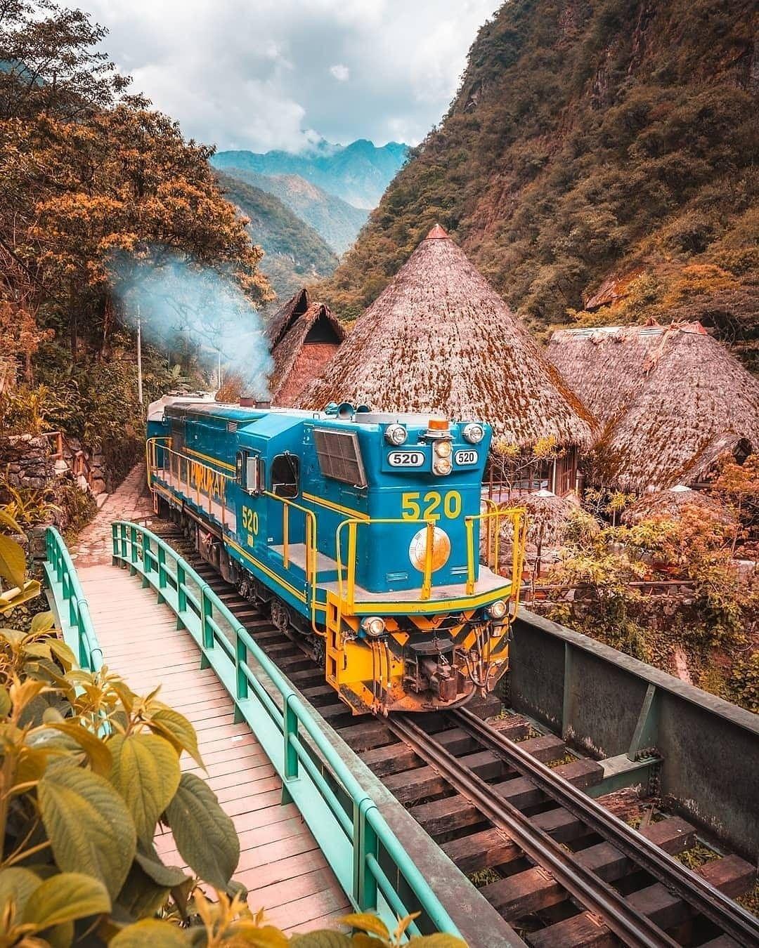 Viaje en tren a machu picchu