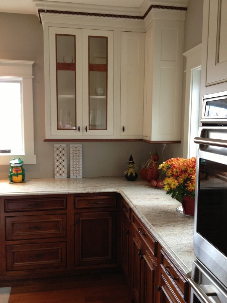 Not Sure About The Thin Piece Of Wood Rope Trim Molding But Like The Bottom Trim In Wood Tone Comfortable Kitchen