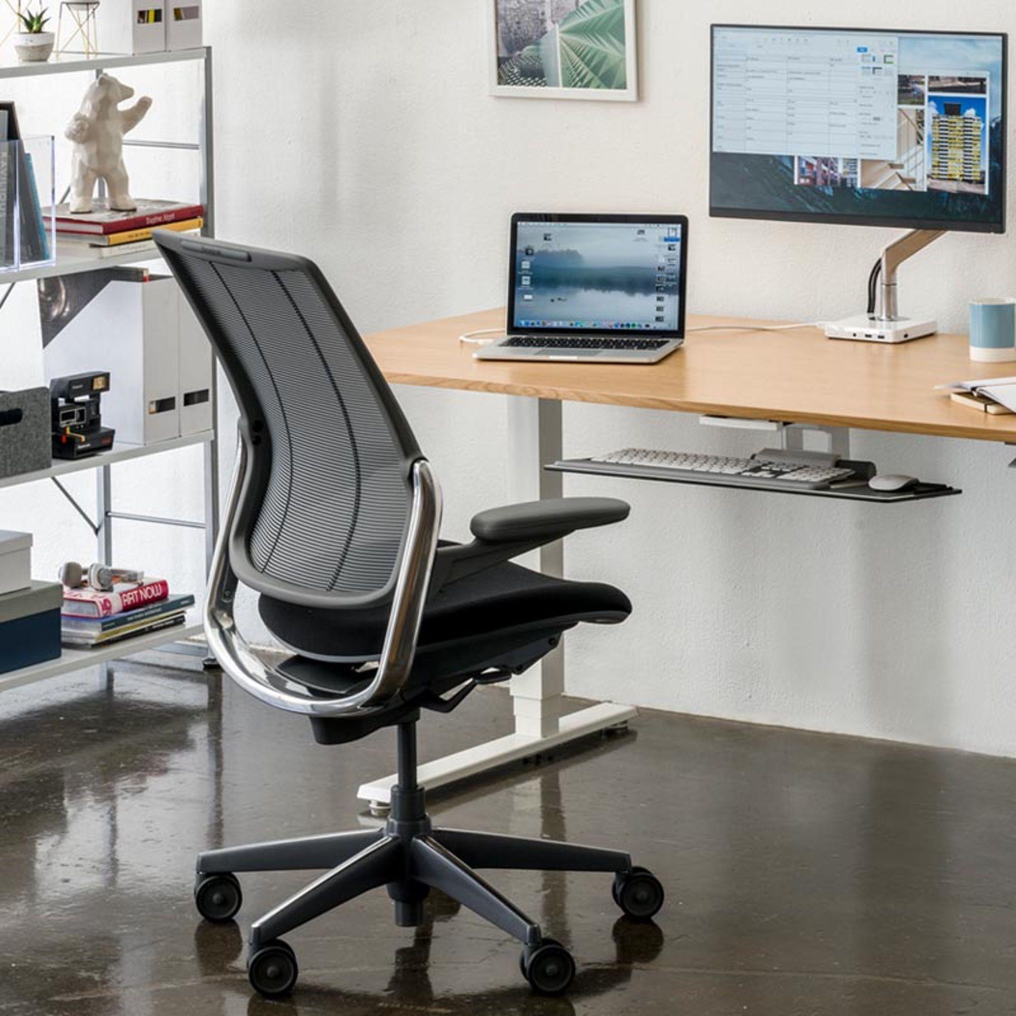 Humanscale Diffrient Smart Drehstuhl mit Netzrücken