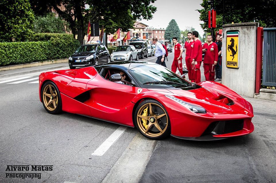 Classic & beautiful spec'ed Ferrari LaFerrari