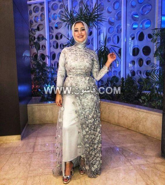 موديلات مختلفة من فساتين السواريه للمحجبات تصميمات عام 2019 Soiree Dress Hijab Dress Party Dresses