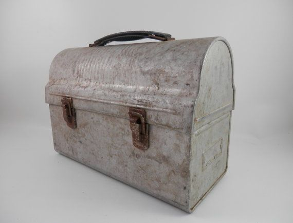 Vintage Dome Top Lunch Box
