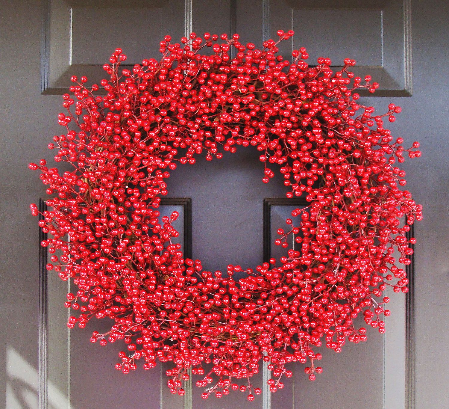 Christmas Berry Wreath, Red Holiday Wreath, Christmas Wreath, Weatherproof  Christmas Decoration, Holiday