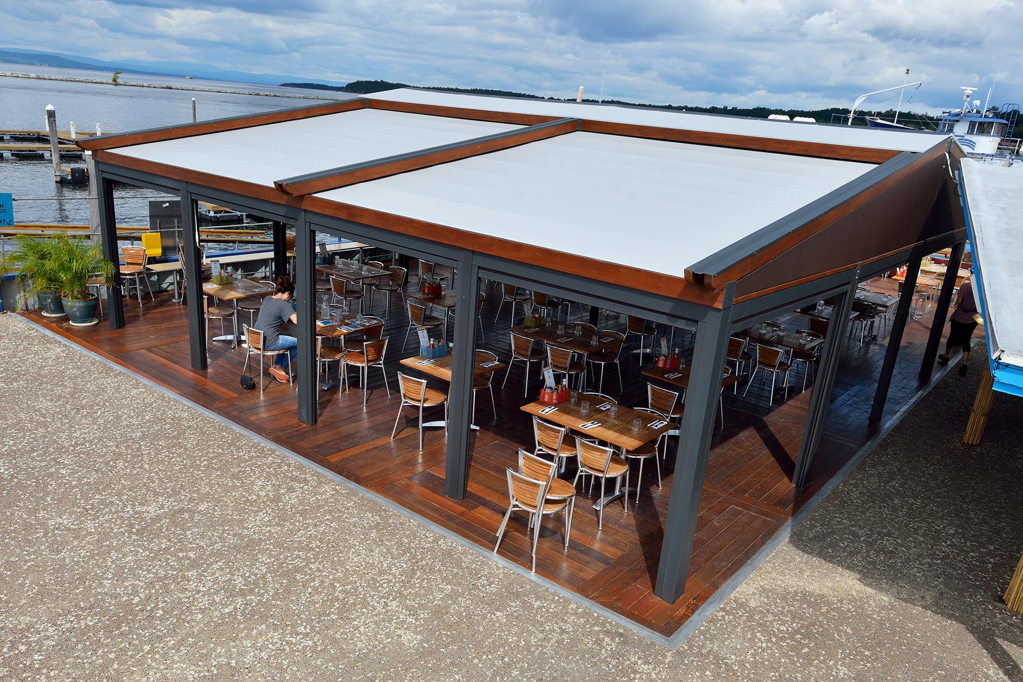 Gennius Waterproof Retractable Pergola Awning Enclosures Retractable Roof The Gennius I Retractable Pergola Pergola Ideas For Patio Building A Pergola