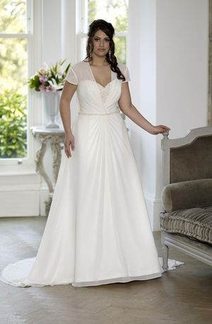 son91611  sonsie collection  veromia  lace wedding