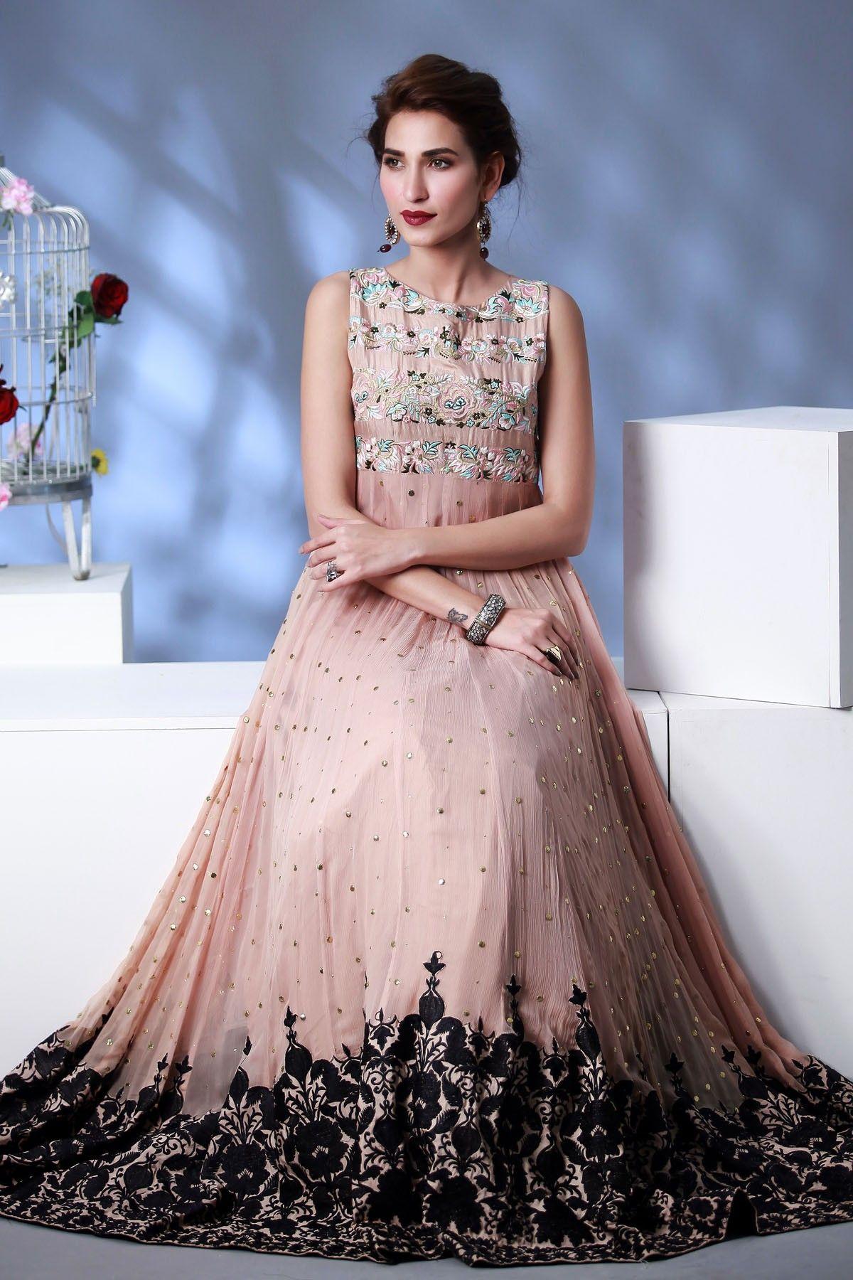 Beautiful Pakistani Bridal Dresses for Girls