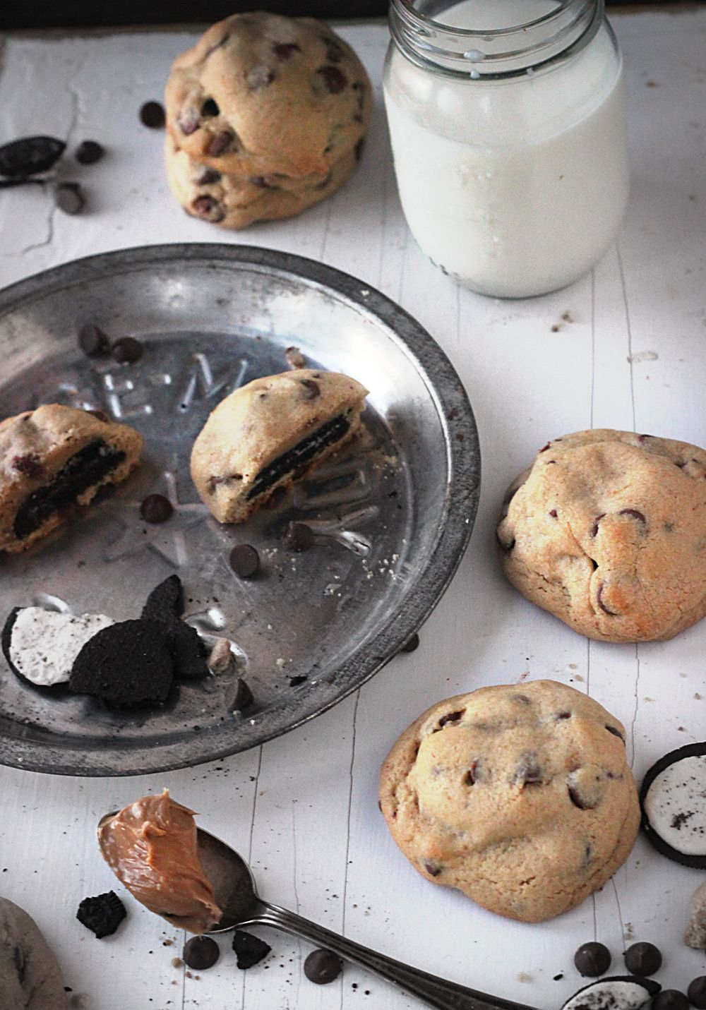 Oreo-Stuffed Peanut Butter Chocolate Chip Cookies