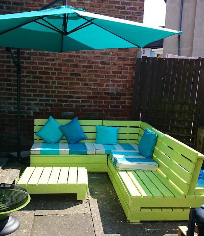 52 ides pour fabriquer votre meuble de jardin en palette - Table De Jardin En Palette De Bois