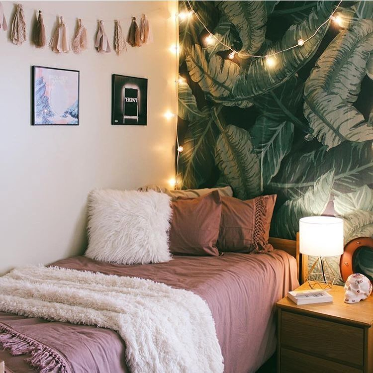 Make your dorm room look stylish and