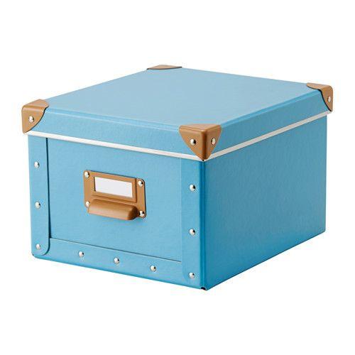 IKEA - FJÄLLA, Boks med lokk, blå, , Perfekt til oppbevaring av ladere, fjernkontroller, minnepinner og skrivebordsutstyr.Enkel å trekke ut, siden boksen har et håndtak.Etikettholderen hjelper deg med organisere og finne tingene dine.