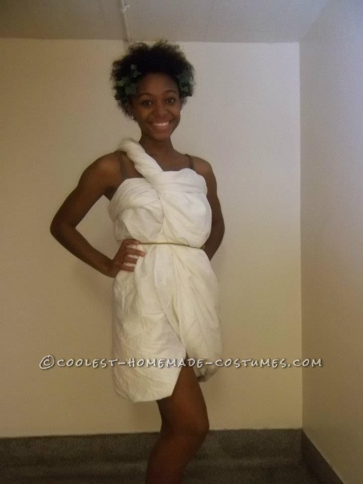 Easy Toga Time Costume For Teens... This website is the Pinterest of costumes  sc 1 st  Pinterest & Easy Toga Time Costume For Teens | Pinterest | Teen Costumes and Easy