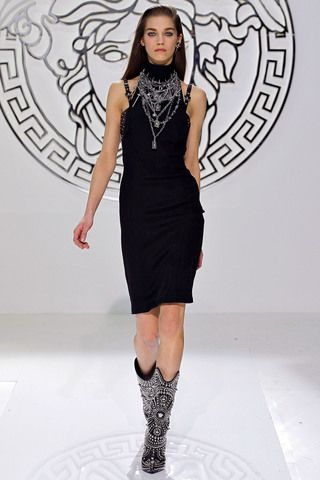 Versace Fall 2013 Ready-to-Wear Collection Slideshow on Style.com