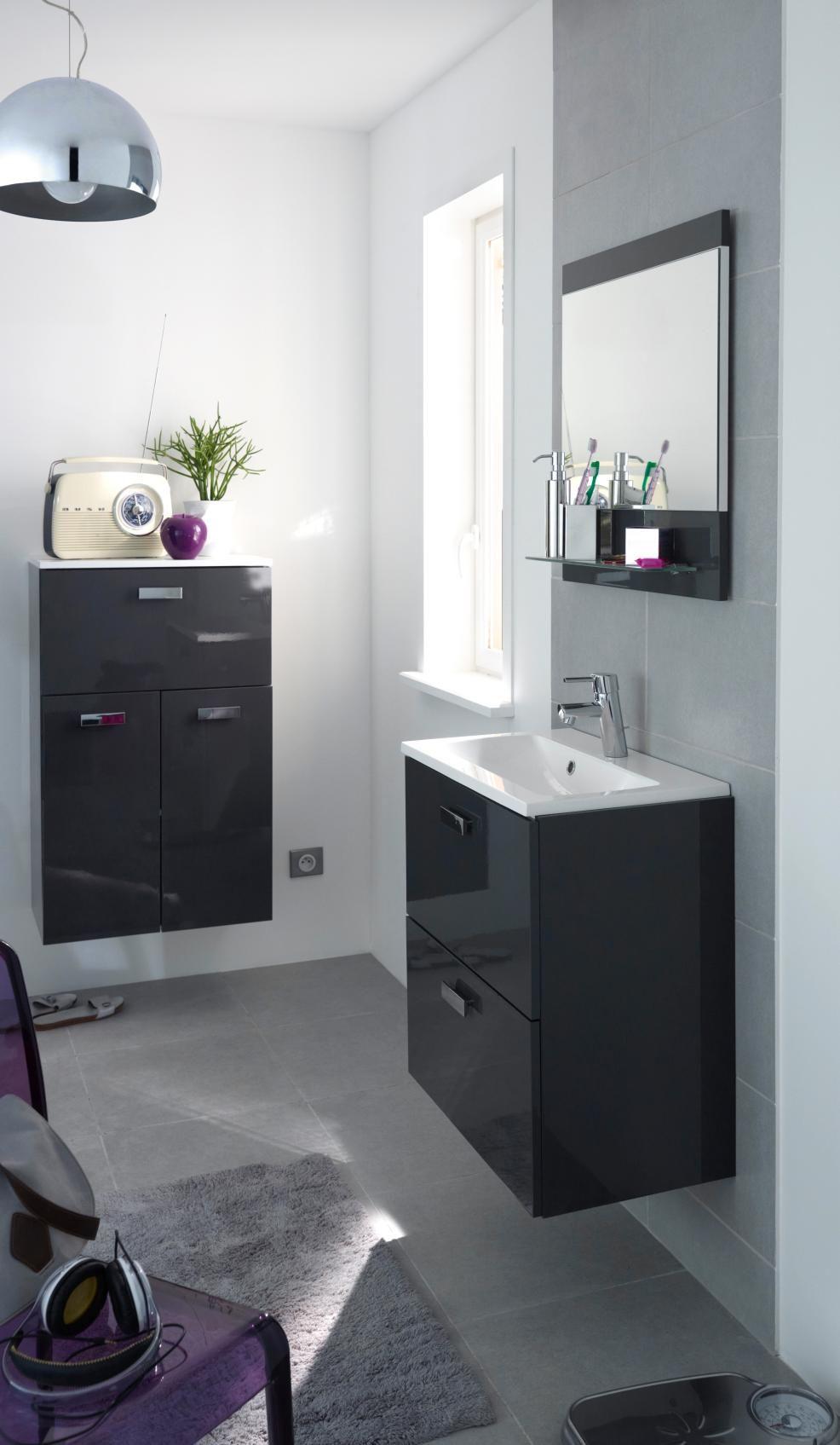 mod le studio salle de bain. Black Bedroom Furniture Sets. Home Design Ideas
