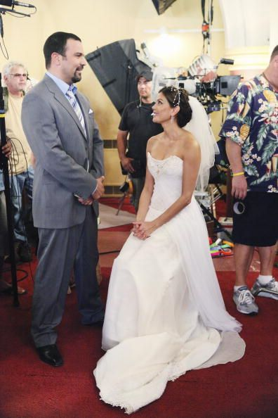 Desperate Housewives Behind The Scenes Season 6 Episode 1 Nice Is Different Than Good Amuse Desperate Housewives Wedding Dresses Strapless Wedding Dress Subscribe for more desperate housewives. wedding dresses