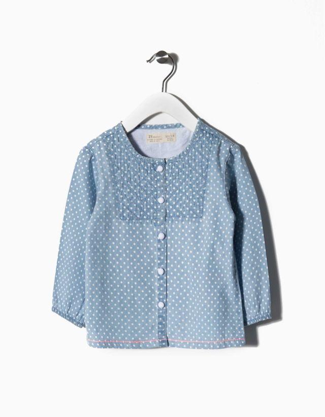 Camisa ganga 100% algodão com detalhe efeito acolchoado.