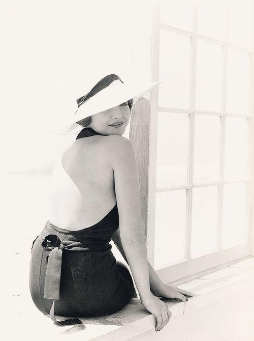 """Résultat de recherche d'images pour """"sylvia sidney bikini"""""""