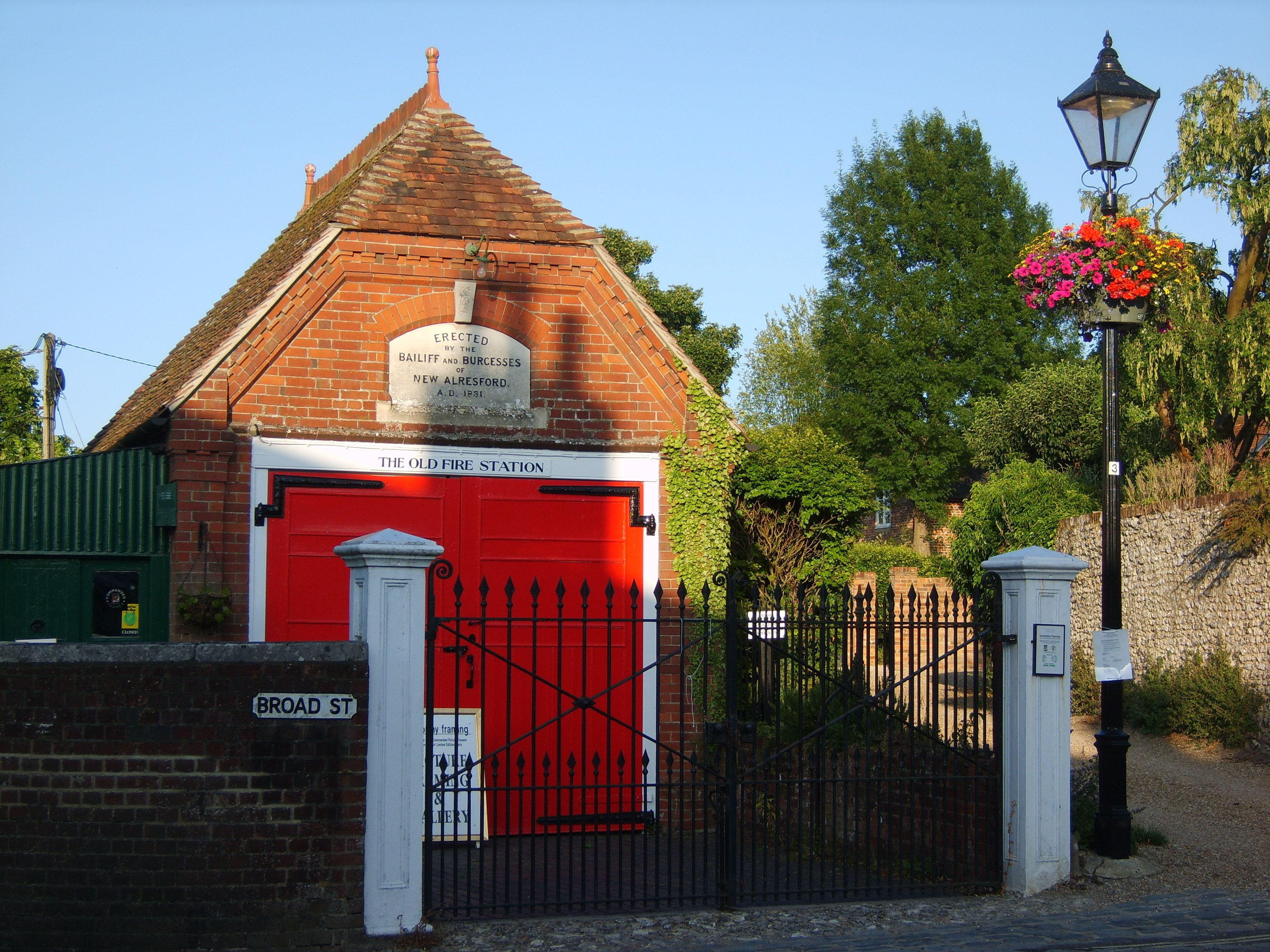 Old Fire Station In Alresford House Fire Fire Station Architecture