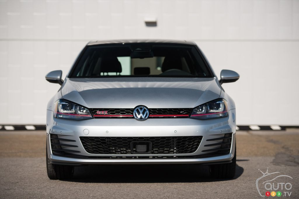 2016 Volkswagen Golf Gti Pictures Auto123 Volkswagen Golf Gti Golf Gti Volkswagen Golf
