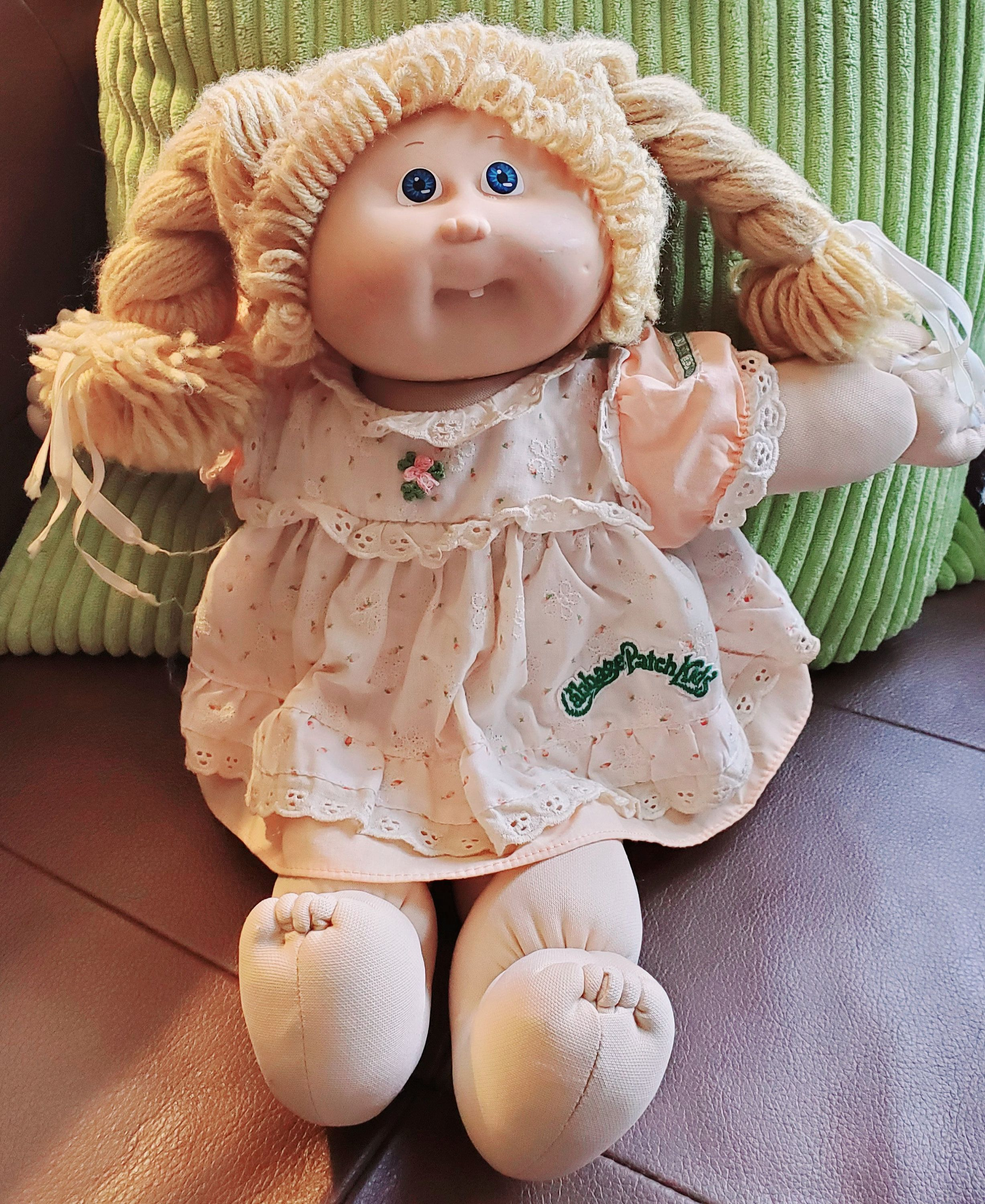 1986 Cabbage Patch Kid Blonde Girl Doll W Tooth Coleco Cpk Etsy Cabbage Patch Kids Patch Kids Cabbage Patch Dolls