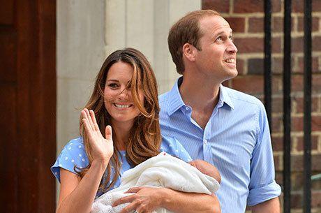 Príncipe William e Kate apresentam o bebê real ao mundo http://newsevoce.com.br/?p=5481