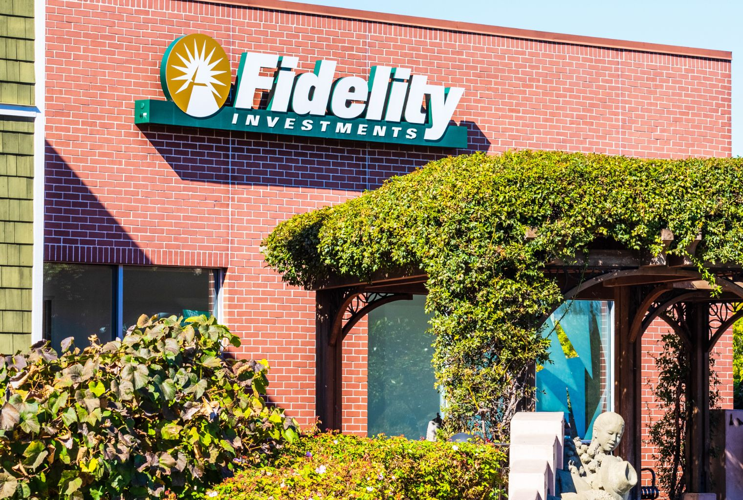fidelity sell cryptocurrency