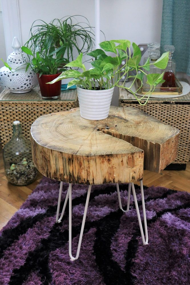 Diy Tischchen Aus Einer Holzscheibe Do Iteria Holzscheibe Tisch Diy Tisch Holzscheiben
