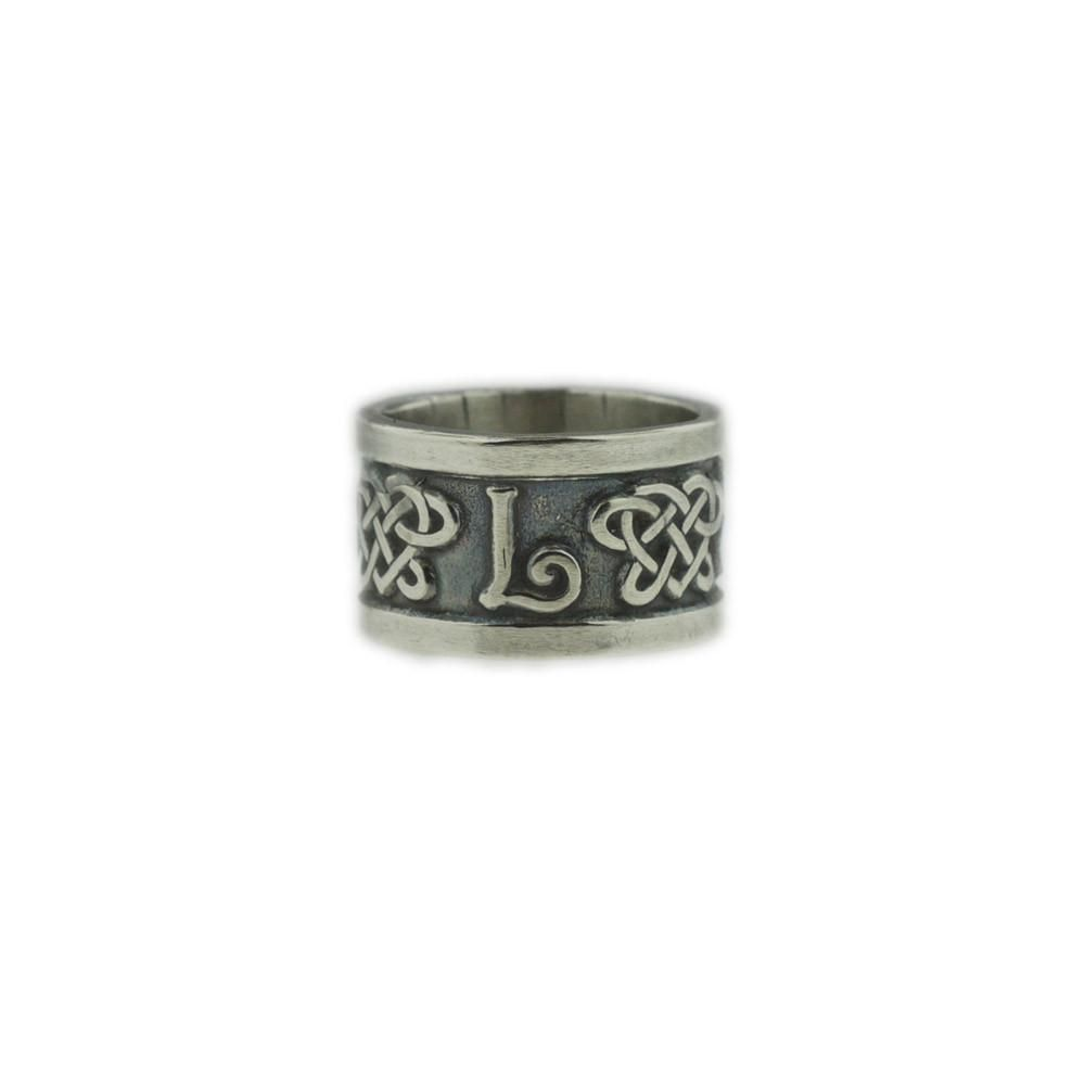 The lovelace family ring ring mortal instruments and infernal every shadowhunter family has a symbol and the symbols are often worn on family rings biocorpaavc Gallery