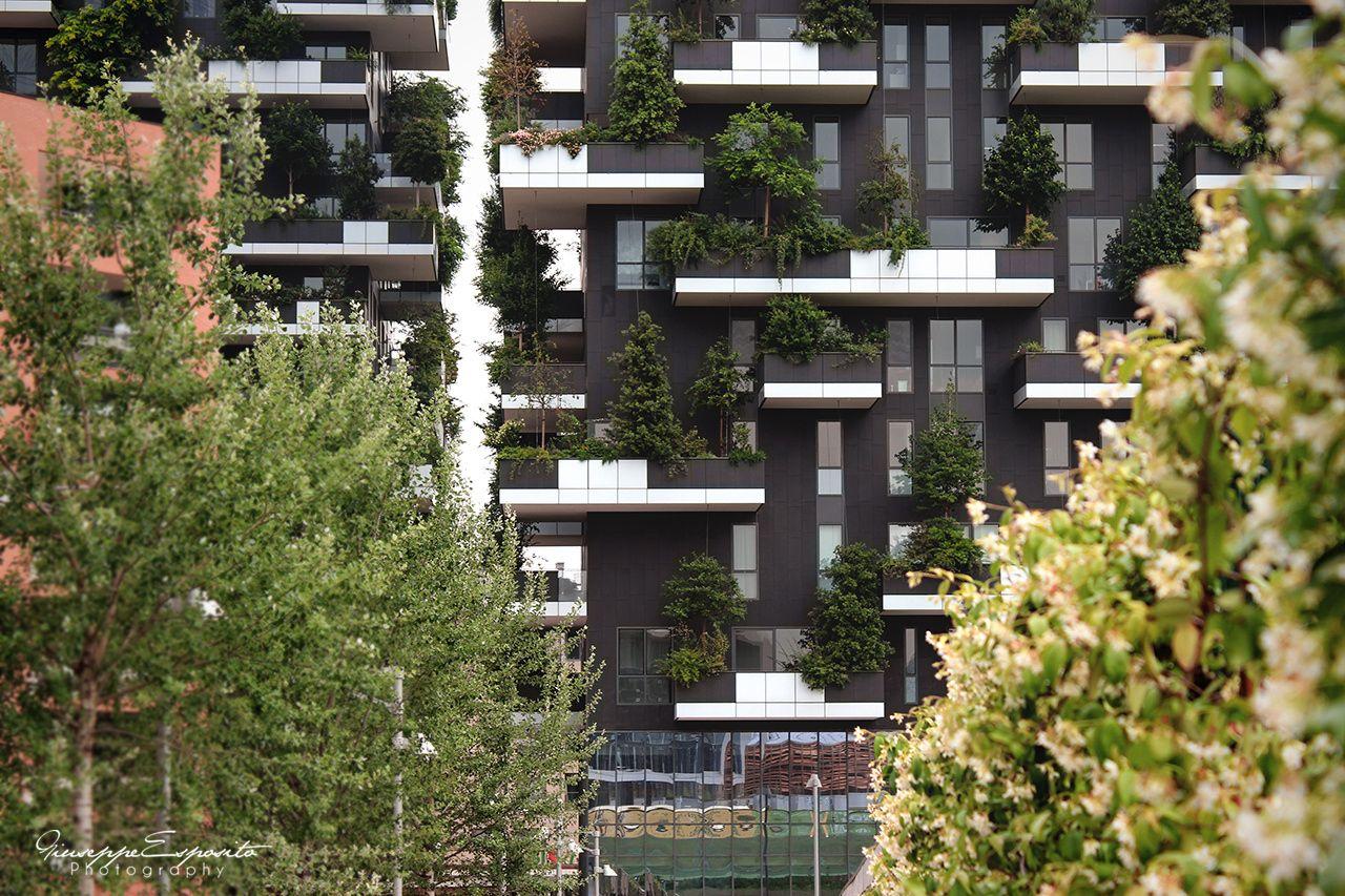 Bosco Verticale in Milan by Stefano Boeri.   #architecture #architettura #arquitectura #boscoverticale #building #buildings #cityscape #composition #geometry #grattacielo #green #housing #italia #italy #lombardia #milan #milano #natura #portanuova #residential #skyscraper #urban #vertical #stefanoboeri