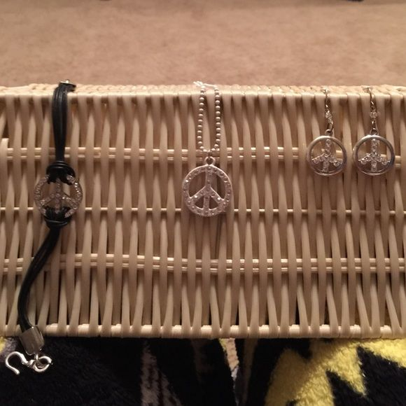 Peace sign bracelet, necklace, and earrings Selling as a bundle! Never worn, great condition. Jewelry