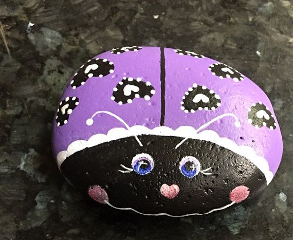GLOW In The Dark GLOW BUG Lavender Purple Ladybug Lovebug Hearts Valentine Magical Home Garde Decor Paperweight Bugs Insects Painted Rock