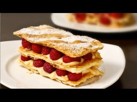 Raspberry Mille Feuille Napoleon Recipe In 2019 Videos Paso A