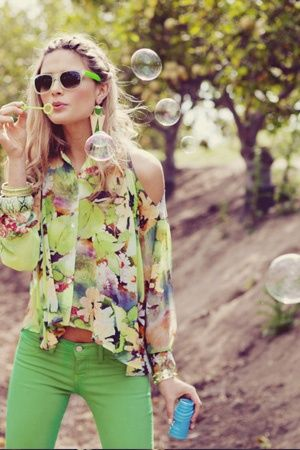 I love this colorful printed top!