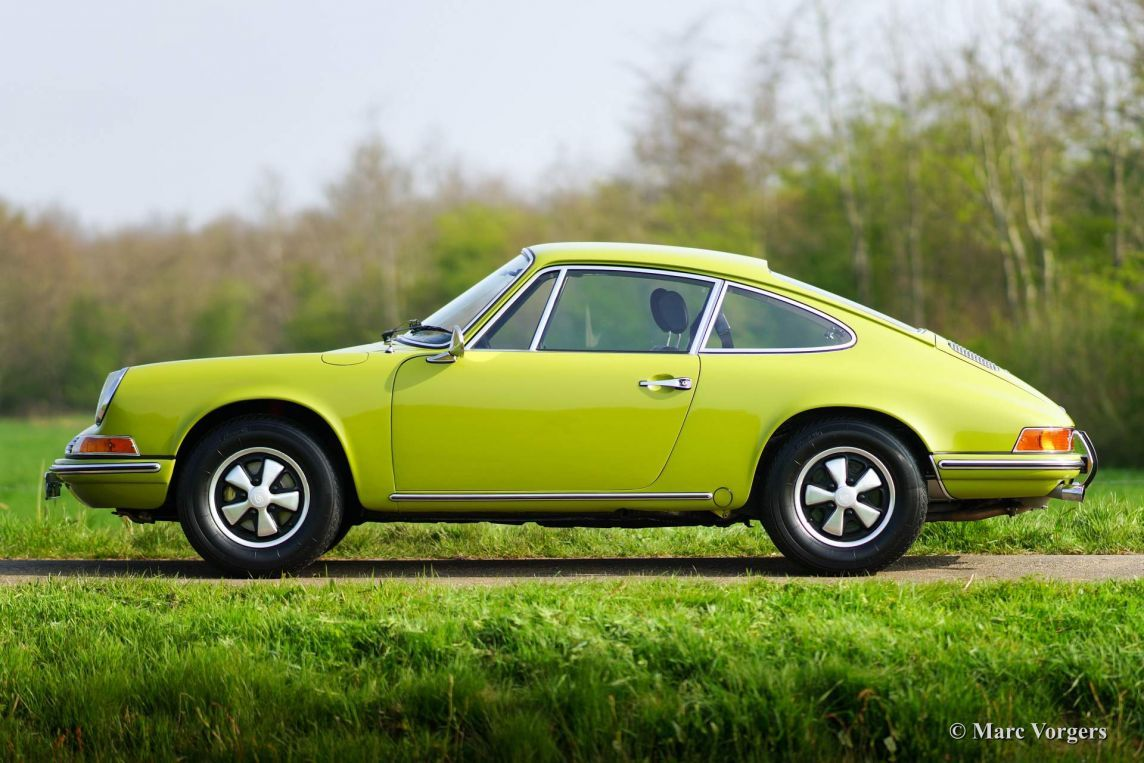 Which Classic Car Color Would You Order Today? | Porsche 911 and Cars