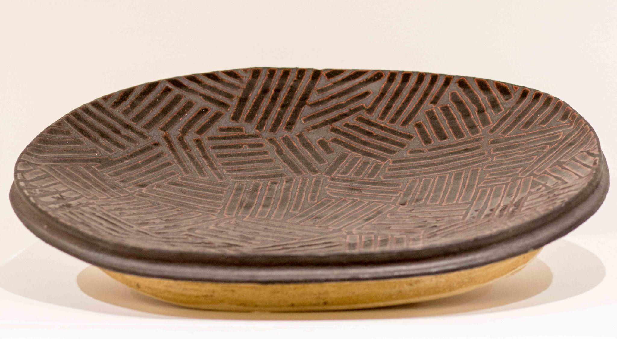 Jun Kaneko Japanese Works In United States Born 1942 Untitled Wall Plate 1984 Japanese Ceramics Plates On Wall Ceramic Artists