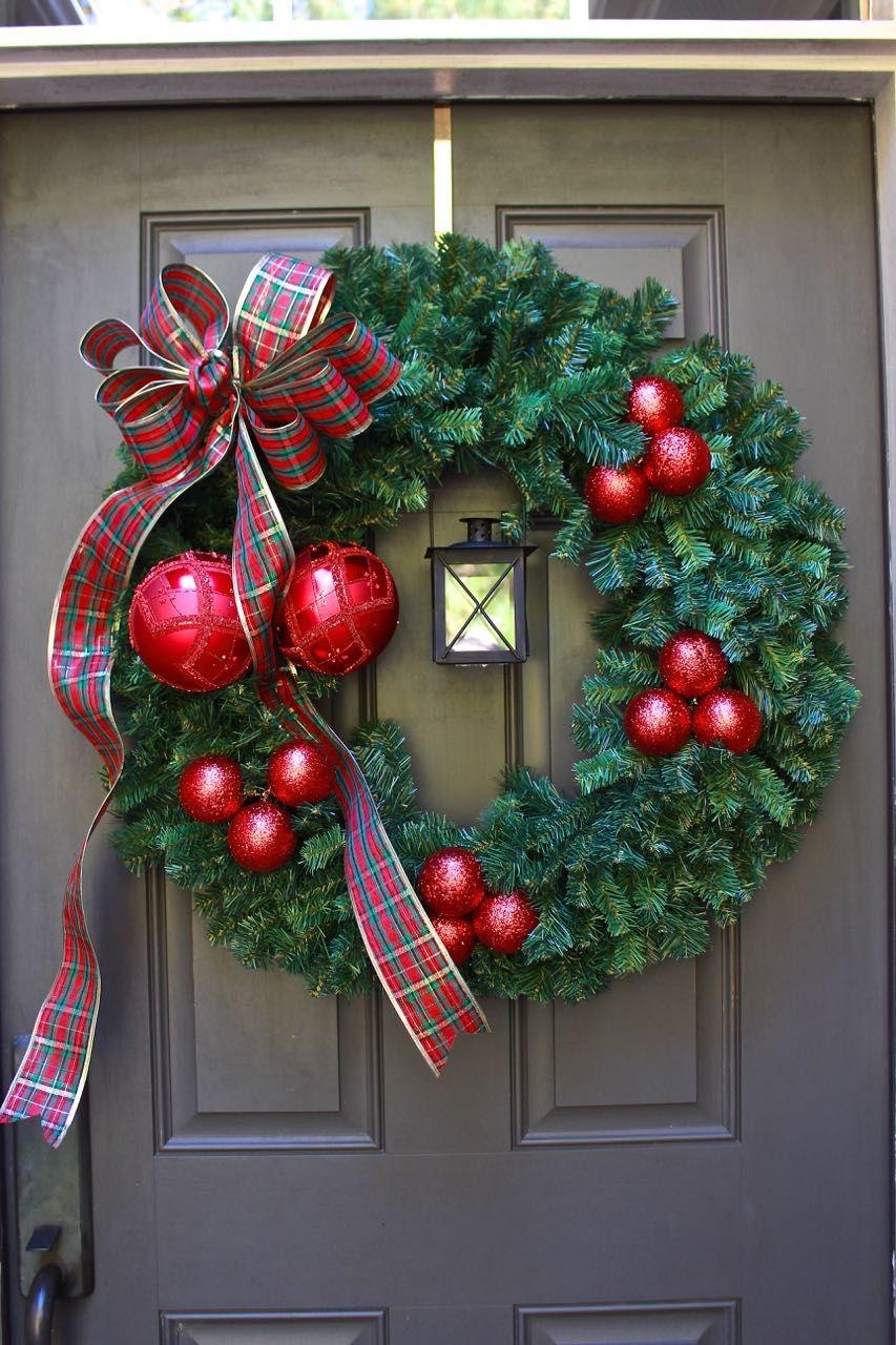 Easy diy christmas wreath with lantern diy christmas wreaths and easy easy diy christmas wreath with lantern solutioingenieria Image collections
