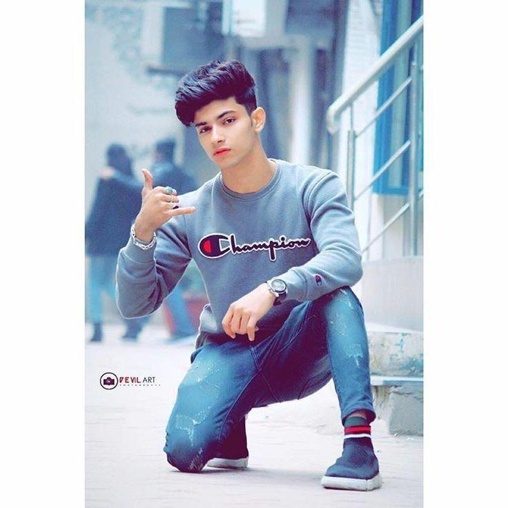 Pin by Hammad Talib on 『Boys Dpz』 in 2020 Photo poses