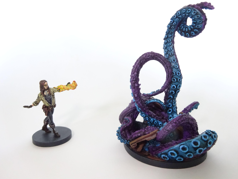 Liz and Tentacle Monster / Sadu Hem from Hellboy the board