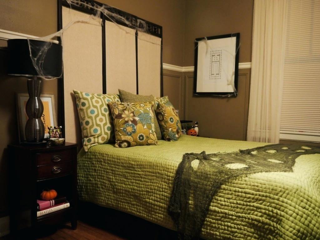 Horror Bedroom Decor - Bedroom Interior Decorating Check more at ...