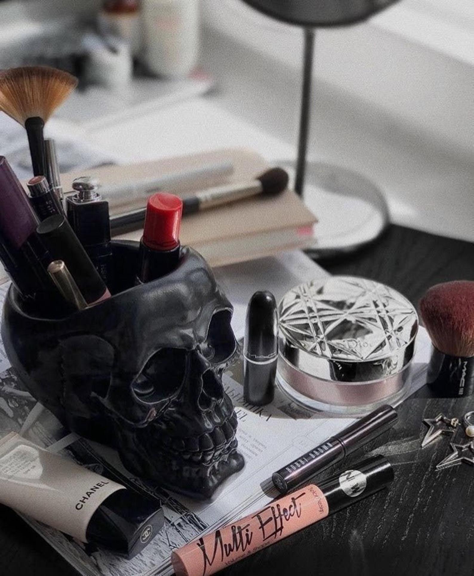 Skull Makeup Brush Holder Skull Planter Makeup Assessories