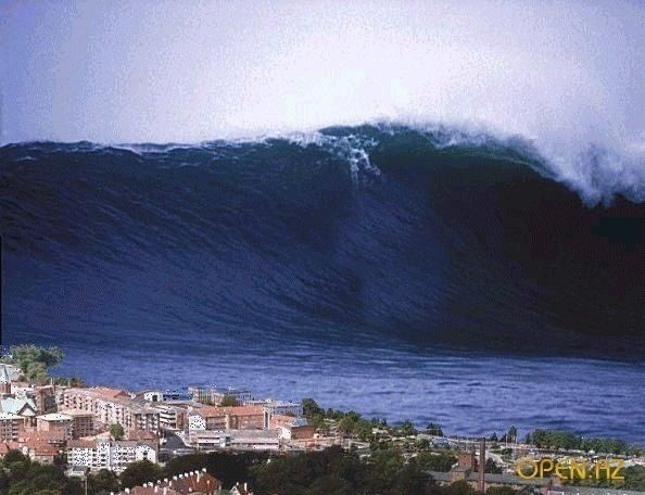 85-meter wave photographed in 1971 in Japan  | arthousish in 2019