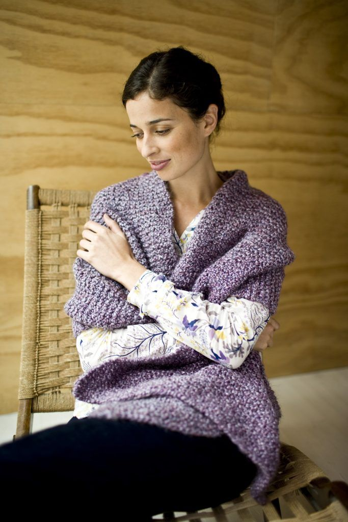 free shawl knitting pattern   Knitting for charity, Easy ...