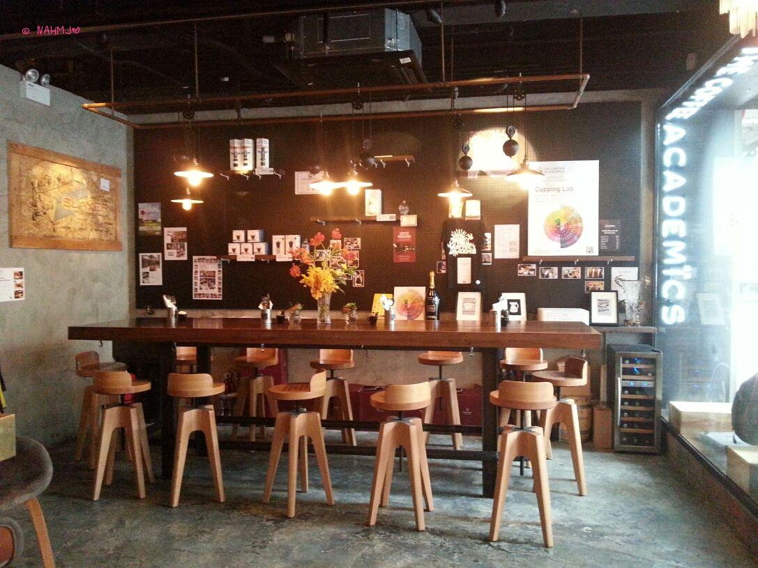 The Coffee Academics At Wan Chai Wan Chai Communal Table Coffee